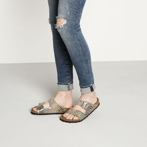 Arizona Birkenstocks Shiny Snake Sand